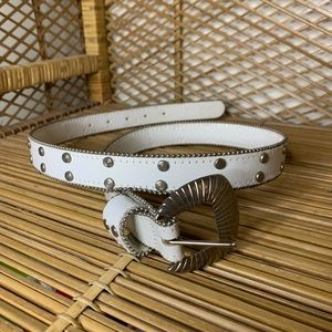VTG Capezio white leather silver studded belt